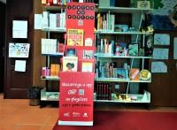 Fotografia expositor Biblioteca Municipal Alves Mateus-JUNTOS DE FÉRIAS de Natal 2020